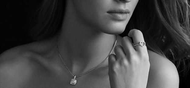 diamond-necklace-for-women
